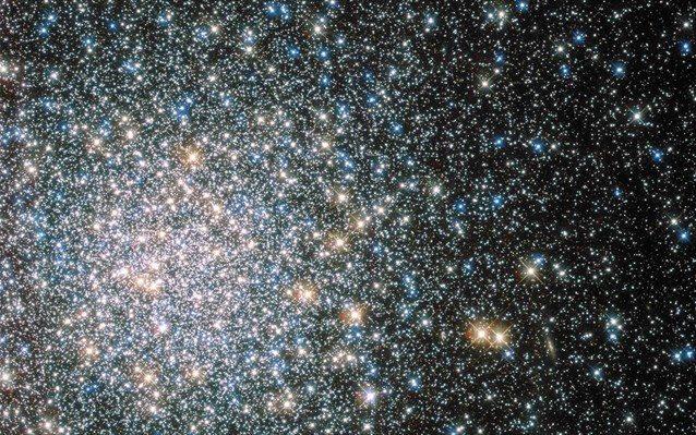 Όλοι οι υπολογισμοί που έχουν γίνει μέχρι σήμερα συγκλίνουν στο ότι ο αστρικός πληθυσμός του σύμπαντος είναι περίπου 100 εξάκις εκατομμύρια.